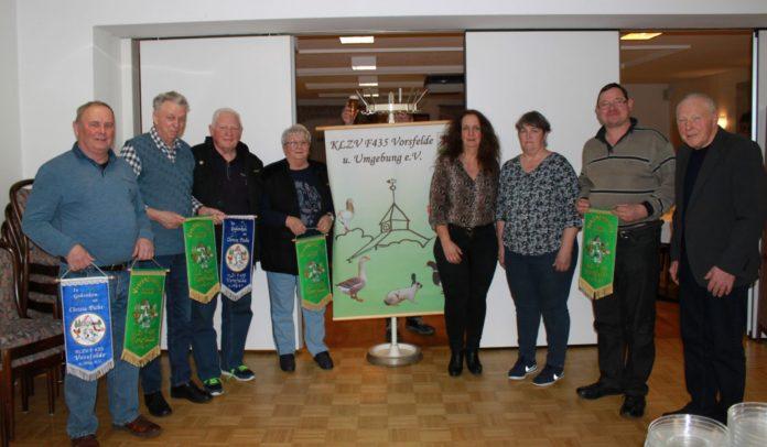 Von links: Erwin Horn, Gerhard Brandes, Bernd und Marlis Doberenz, Susanne Kordes, Tanja und Horst Bierstedt und Wolfgang Picht