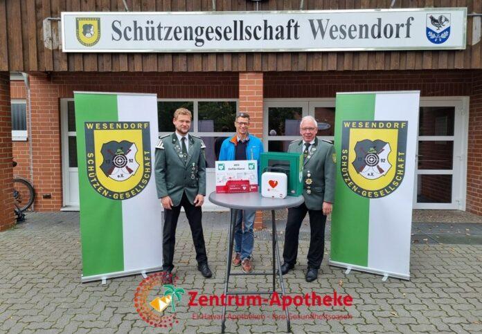 Foto von links: Dennis Grühl, Ahmed El-Hawari und Jürgen Hildebrandt
